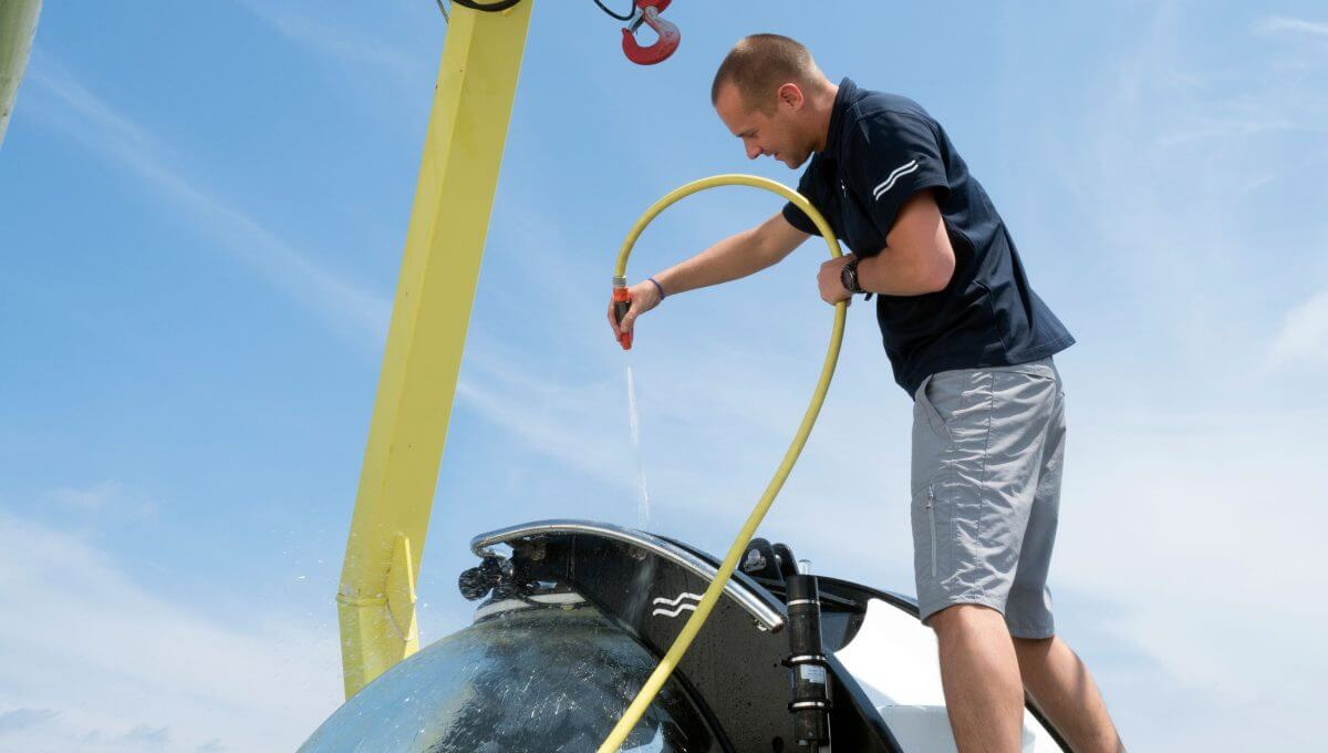 U-Boat Worx private submarine fresh water rinse